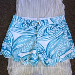Lilly Pulitzer Buttercup Short Size 2 NWOT